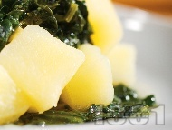 Варени картофи със спанак